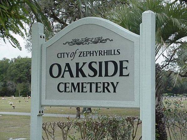 Oakside Cemetery Sign